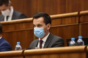 Politici reagujú na odstúpenie Juraja Šeligu z funkcie podpredsedu parlamentu