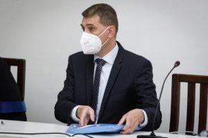 Obvinený šéf policajnej inšpekcie Szabó ide do väzby, rozhodol najvyšší súd