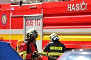 Hasiči v Trenčíne zasahovali pri požiari bytu, o život prišla jedna osoba