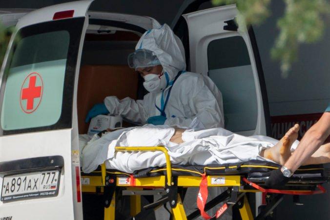 Pandemická situácia v Moskve sa rýchlo zhoršuje, úrady preto zavádzajú nové opatrenia