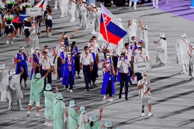 Slávnostné otvorenie olympijských hier sa nevyhlo kritike médií, Štefečeková s Beňušom si ho užili