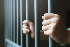 Obvinený Kvietik je vo väzbe len na základe výpovede kajúcnika, podľa obhajcu je protiprávne zadržaný