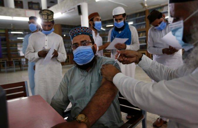 Delta variant úraduje aj v Pakistane, počet infikovaných prekročil už hranicu jedného milióna